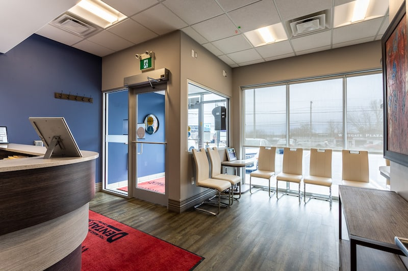 Belleville dentist You Make Me Smile Dental Centre's front reception area