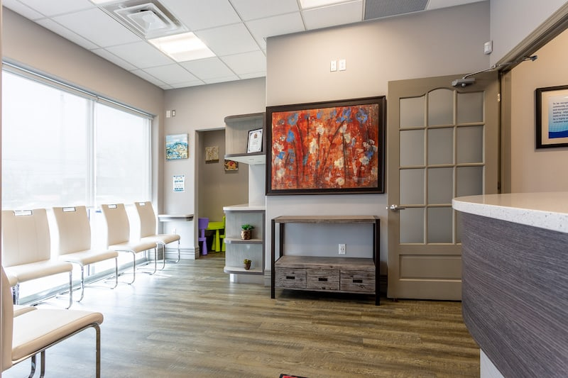 A picture of a belleville dentist called You Make Me Smile Dental Centre's reception area and patient waiting room