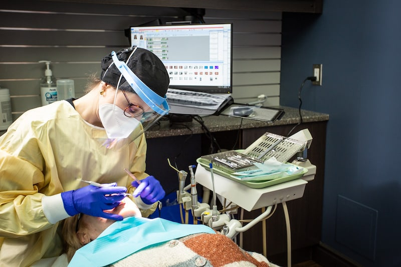 A picture of Trenton dentist called You Make Me Smile Dental Centre's patient appointment